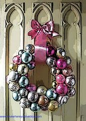 Beautiful door wreath....Great for windows or above the fire place