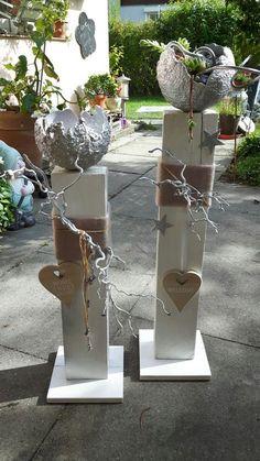 Holz Stehlen - Garten - My list of the most creative garden decorations Book Crafts, Diy And Crafts, Craft Books, Children's Books, Mosses Basket, Wooden Posts, Creation Deco, Deco Floral, Diy Mask