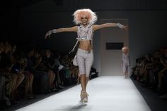 Betsey Johnson Body Proportions, Current Fashion Trends, Haute Couture Fashion, Fashion Show, Fashion Design, Spring 2014, Betsey Johnson, Runway, Ballet Skirt