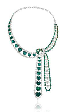 http://diary.chopard.com/wp-content/uploads/2011/05/HearthEmeraldNecklace-RedCarpetCollection.jpg