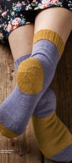 ВЯЖЕМ ПЯТКУ НОСКА СПИЦАМИ ВКРУГОВУЮ (Уроки и МК по ВЯЗАНИЮ) | Журнал Вдохновение Рукодельницы Knitted Slippers, Knitting Socks, Knitting Projects, Leg Warmers, Mittens, Knitwear, Knit Crochet, Projects To Try, Autumn Fashion