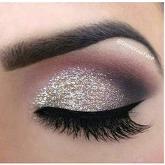 Silver glitter smokey eyeshadow Make-up and stuff