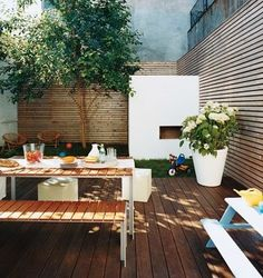 horizontal panelling, picnic tables (original source remodelista?)