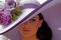 wide brim hat in purple