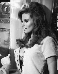 American actress Raquel Welch personifies the sin of Lust in the Dudley Moore/Peter Cook comedy 'Bedazzled', The film was directed by Stanley Donen for Century Fox. Get premium, high resolution news photos at Getty Images Raquel Welch, Classic Beauty, Timeless Beauty, Up Girl, Female Images, Vintage Beauty, Sensual, Old Hollywood, Hollywood Glamour