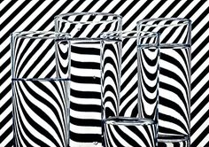Trippy stripes distortions through water