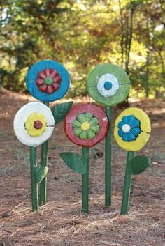 Cool wooden flowers. Probably the only flowers I could keep alive...