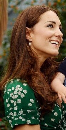 Duchess Kate: Family Portraits of the Cambridge Family Released, Malta Trip Confirmed & Latest News