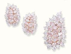 Pink Diamond Earrings, Diamond Jewellery, Colored Diamonds, Pink Diamonds, Titanic Jewelry, Pink Jewelry, Jewelry Gifts, Glamour, Pear Shaped Diamond