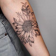 Pretty Feet Tattoos Tattoo Ideas – foot tattoos for women Foot Tattoo Quotes, Cute Foot Tattoos, Large Tattoos, Unique Tattoos, Pretty Tattoos, Matching Tattoos, Tattoos For Women Flowers, Foot Tattoos For Women, Tattoos For Guys