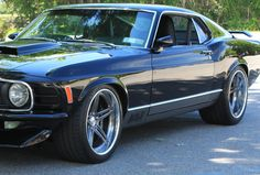 a fine vintage. Mach 1 Mustang by ACS Garage on Forgeline Concave wheels. Us Cars, Sport Cars, My Dream Car, Dream Cars, Classic Mustang, Ford Mustang Shelby, Pony Car, Hot Rides, American Muscle Cars