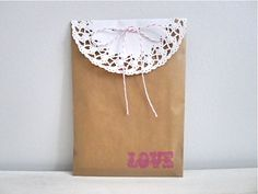 Kraft Favor Bags - Pink Love, Set of 8. $3.25, via Etsy.