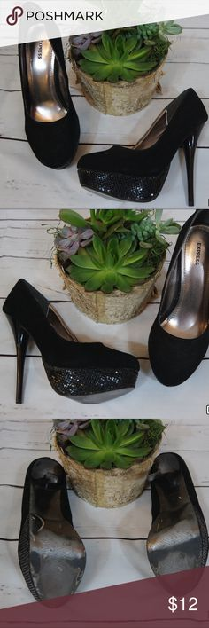 """Women's Express Stilettos Black leather suede with metal mesh detail on platform & patent leather look to heel. These have some wear to them, mainly on the inner platform metal mesh - although it DOES NOT affect the """"EFFECT"""" 😉 these heels can make no matter what you wear them with 😘. They also work great for costumes - all around universal heel. Size says 8.5-I'm an 8 (tiny bit wider foot) and they are tight. Express Shoes Heels"""