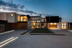 House Boz by Nico Van Der Meulen Architects | MR.GOODLIFE. - The Online Magazine for the Goodlife.