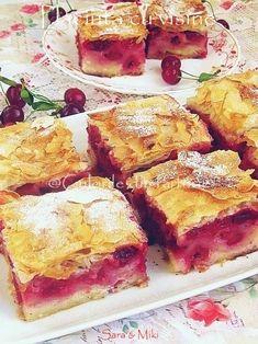 Placinta cu visine My Recipes, Sweet Recipes, Cake Recipes, Dessert Recipes, Cooking Recipes, Dessert Ideas, Romanian Desserts, Romanian Food, Romanian Recipes