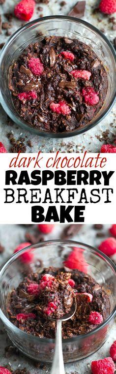 Dark Chocolate Raspberry Breakfast Bake - sweetly tart raspberries paired with rich dark chocolate in a single-serve vegan breakfast bake that's guaranteed to keep you satisfied all morning! | | healthy recipe ideas @xhealthyrecipex |