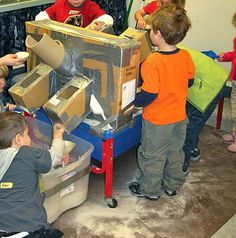"""How to make a """"closed"""" cardboard chute. Gloucestershire Resource Centre http://www.grcltd.org/scrapstore/"""