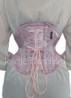 Ref.: WC 005. Corset waist-cincher ribbon em crepe vogue rosa com fechamento frontal por busk .      Site: http://www.josetteblanchardcorsets.com/ Facebook: https://www.facebook.com/JosetteBlanchardCorsets/ Email: josetteblanchardcorsets@gmail.com josetteblanchardcorsets@hotmail.com