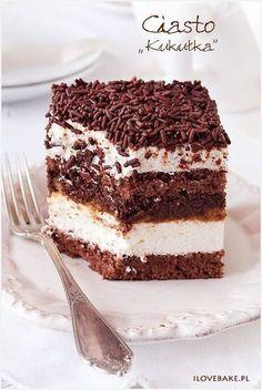 "Chocolate and Vanilla Mousse Cake (Ciasto ""kukułka"", najlepszy – przepis) Polish Desserts, Polish Recipes, Cookie Desserts, Cookie Recipes, Dessert Recipes, Cupcake Cakes, Cupcakes, Chocolate Belga, Homemade Cakes"
