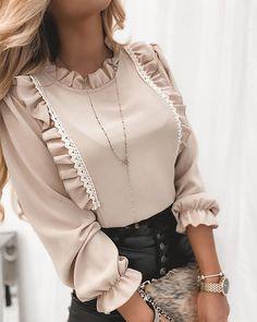 Iranian Women Fashion, Muslim Fashion, Hijab Fashion, Fashion Dresses, Modesty Fashion, Fashion Blouses, Trend Fashion, Look Fashion, Sleeves Designs For Dresses