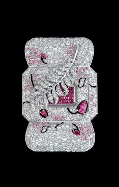 CHANEL - Watch in 18K white gold, pink sapphires and diamonds. - Packshot