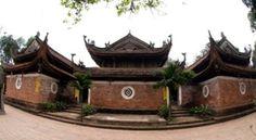 pagode-de-tay-phuong Située sur la commune de Thach Xa (district suburbain de Thach Thât, Hanoi), la pagode Tây Phuong se trouve à 45 km à l'ouest du cœur de la capitale. C'est l'une des plus anciennes pagodes du Vietnam et l'on vient de loin pour admirer sa superbe collection de statues.