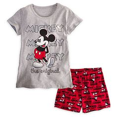 Mickey Mouse Sleepwear Set for Women Cute Pjs, Cute Pajamas, Pajamas Women, Lazy Day Outfits, Cute Comfy Outfits, Boy Outfits, Pijama Disney, Disney Pajamas, Mickey Mouse Outfit