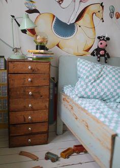 http://petitandsmall.com/wallpaper-fun-kids-room/