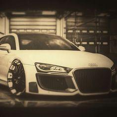 Ppppppppplllllllllleeeeeeeeeeeeaaaaaaaasssssseeee like me because my car!!!!!!!!!!!!!!!!