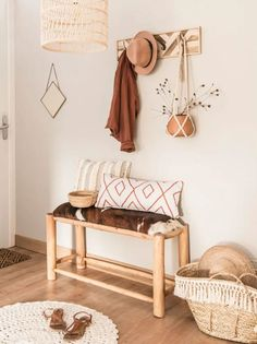 round ecru cotton rug D 90 cm - Decoration For Home Boho Decor, Rustic Decor, Decor Interior Design, Interior Decorating, Small Hall, Deco Studio, Decoration Entree, Deco Boheme, Style Deco
