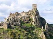 Pueblos abandonados Italia cargados historia.