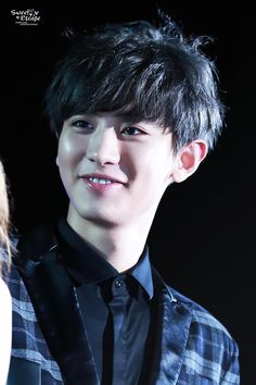 [PIC] 150328 Chanyeol (cr sweet escape)
