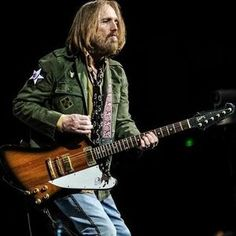 Check out Tom Petty's gear and equipment including the Fender Telecaster, Gibson SG Original, and Gibson Firebird V. Rickenbacker Guitar, Gibson Firebird, King Bee, Gibson Sg, My Tom, Tom Petty, Bruce Springsteen, Good Music, Rock And Roll
