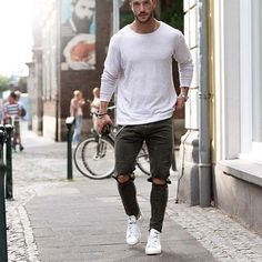 urban men style // city boys // urban dressing // mens fashion // mens accessories // urban life //