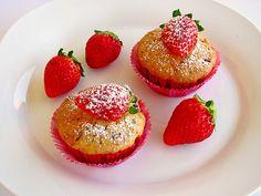Fettarme Erdbeermuffins, ein tolles Rezept aus der Kategorie Kuchen. Bewertungen: 50. Durchschnitt: Ø 4,2.