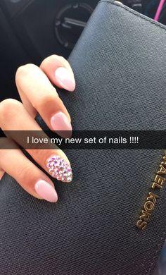 Stilleto nails with rhinestones