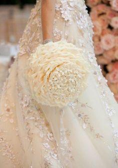 Zsa Zsa Bellagio - detailed bouquet
