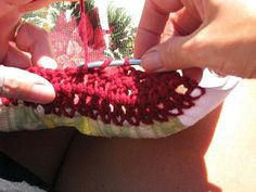 How to Crochet Tops on Hand Trowels