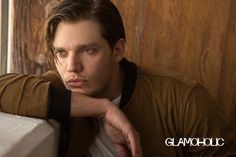 Dominic Sherwood Teases 'Shadowhunters' Season Two with 'Glamoholic': Photo Dominic Sherwood holds onto his dog Boo in this cute shot from Glamoholic magazine. The actor opened up to the glossy about Shadowhunters, teasing… Shadowhunters Actors, Dominic Sherwood, Jace Wayland, Matthew Daddario, Vampire Academy, Shadow Hunters, Cassandra Clare, Teen Wolf, Cover Photos