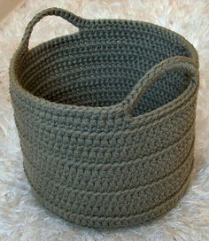 Free Crochet Pattern For Laundry Bag : Crochet Basket Bowl Tutorial from Youtube - very simple ...