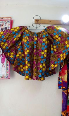 Elegant and Beautiful Ankara Styles - Fashion Ruk African Lace Styles, Short African Dresses, African Blouses, African Fashion Designers, Latest African Fashion Dresses, African Print Fashion, Moda Afro, African Attire, African Tops For Women