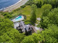 For Sale - 66 Pulpit Rock Rd, Ogunquit, ME - $6,000,000. View details, map and photos of this single family property with 4 bedrooms and 3 total baths. MLS# 1261116.