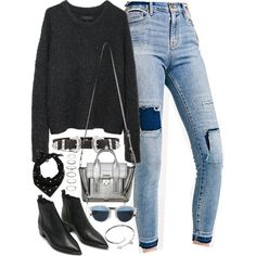 Outfit with patchwork jeans and boots