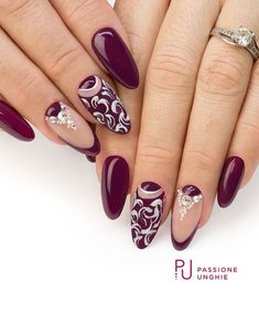 The Best Nail Art Designs – Your Beautiful Nails Fancy Nails, Trendy Nails, Cute Nails, Gold Nails, Glitter Nails, Beautiful Nail Art, Gorgeous Nails, Nail Art Arabesque, Nail Art Designs