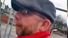 El hombre de 46 años viajó hasta un pequeño pueblo de Reino Unido con una maleta cargada de juguetes sexuales.