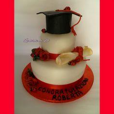 Rose rosse per cake laurea
