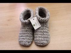 crochet slipper boots (with voice instructions) - YouTube
