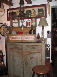Home antiques on pinterest hutch display buy and sell for Meuble antique montreal