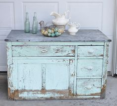 Vintage Farm Furniture: Farmhouse Style my entire house will probably look this way LOVE❤