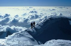 wow so amazing <3 walking in the clouds.. NEED to do this one day